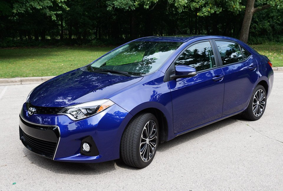 used 2015 toyota corolla pricing edmunds autos post. Black Bedroom Furniture Sets. Home Design Ideas