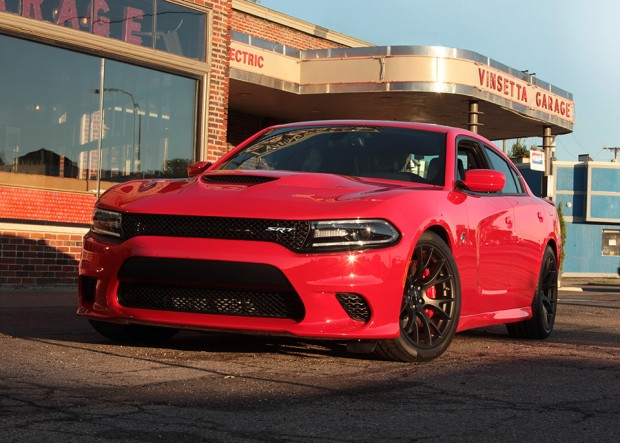 2015_dodge_charger_hellcat_1