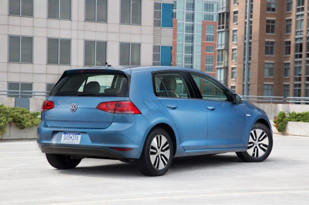 2015_volkswagen_e_golf_6