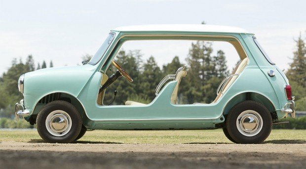 austin_mini_beach_car_1