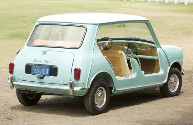 austin_mini_beach_car_2