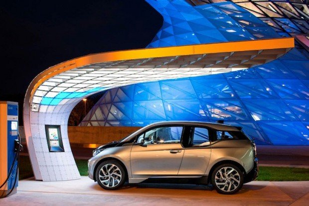 bmw_point_one_s_solar_charging_station_4