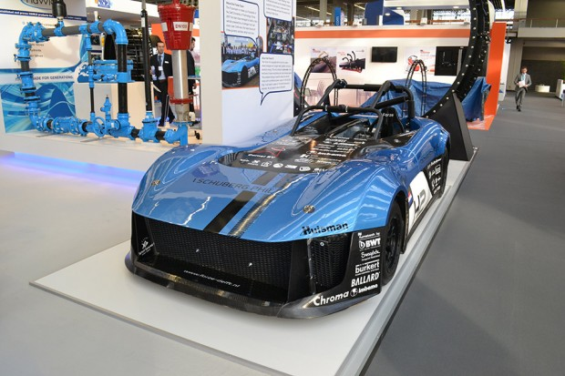 forze_delft_hydrogen_fuel_cell_racer_1