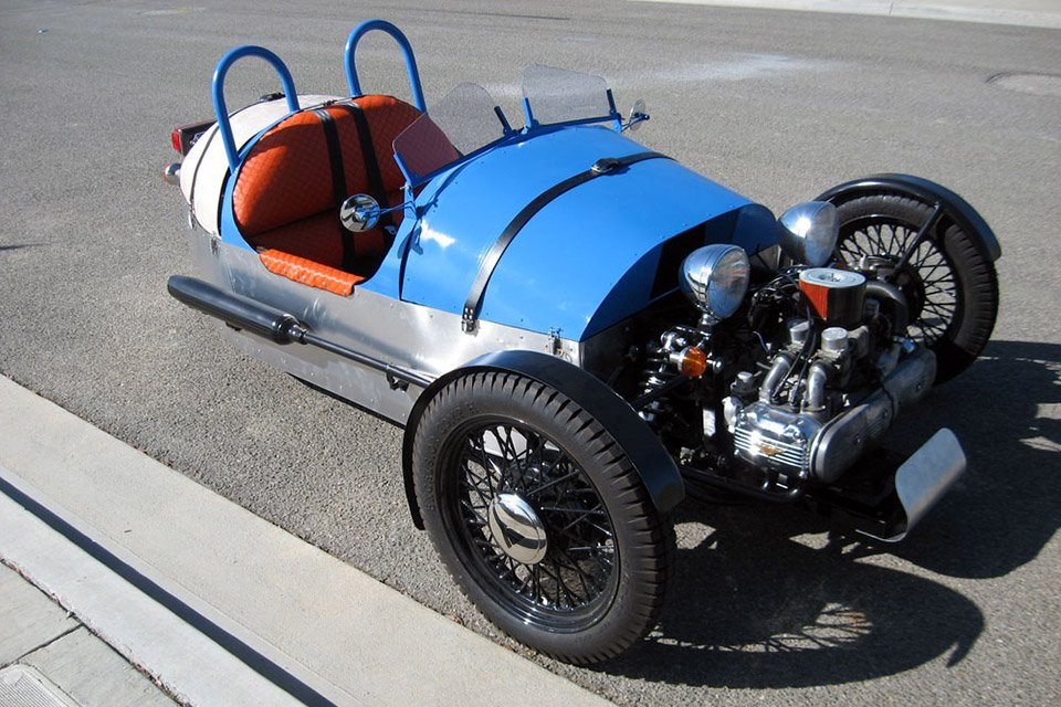 guy builds  morgan  wheeler   motorcycle  octane