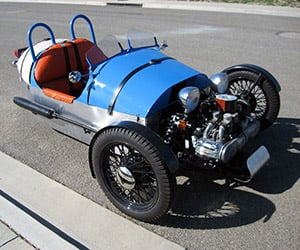 Guy Builds a Morgan 3-Wheeler from a Motorcycle