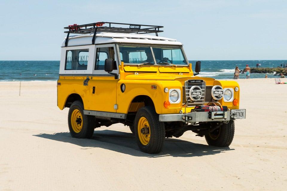 Land rover 88 car interior design