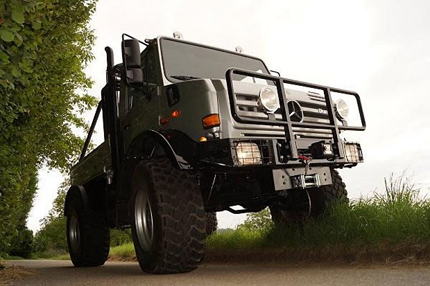 arnold_schwarzenegger_unimog_for_sale_5