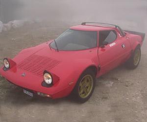 Drving a Lancia Stratos HF