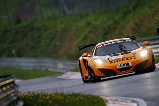 mclaren_mp4_12c_dorr_motorsport_nurburgring_record_1