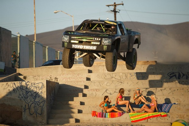 monster_energy_trophy_truck_hits_the_beach_1