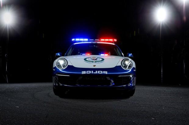 nsw_police_porsche_911_carrera_2
