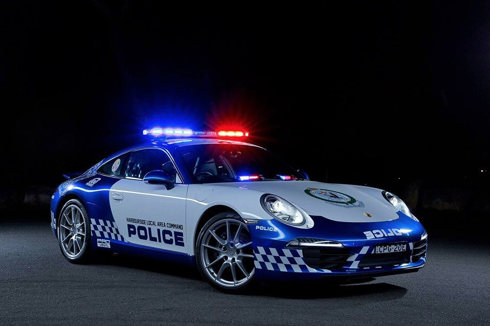 NSW Unveils Porsche 911 Carrera: Don't Run