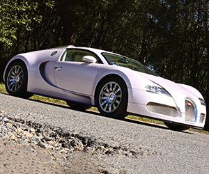 Pink Bugatti Veyron: Yours for $1.5 Million