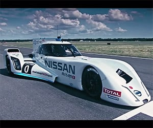 Nissan's Hybrid ZEOD RC on the Top Gear Test Track
