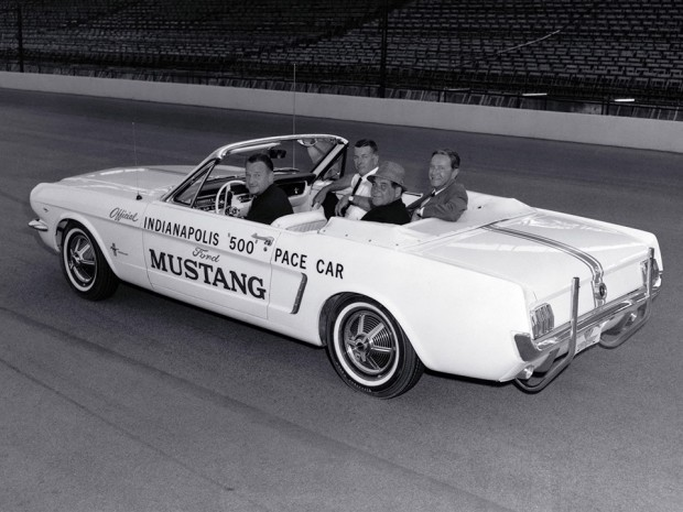 1964_ford_mustang_indy_pace_car_8