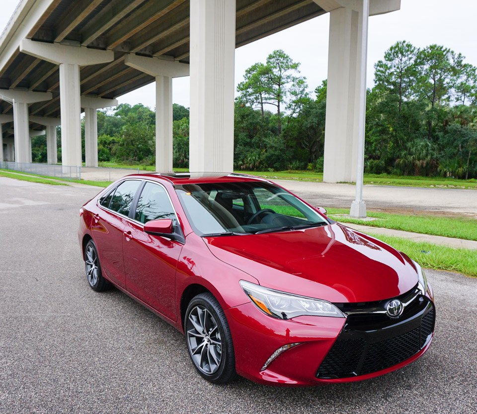 First Drive Review 2015 Toyota Camry Xse V6 95 Octane