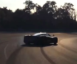 Watch a 950hp Ferarri LaFerrari Drift Monza
