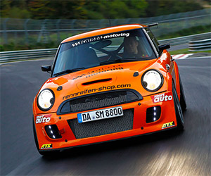 MINI Sets Nürburgring Front-Wheel Drive Record