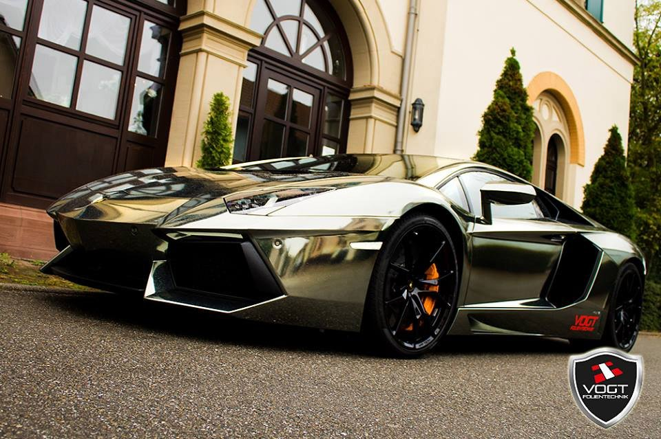 Black Chrome Aventador by Vogt-Folientechnik