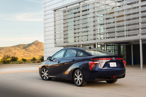 2016_toyota_mirai_fuel_cell_vehicle_announced_4