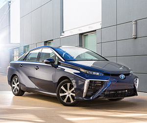 "Toyota ""Mirai"" Fuel Cell Vehicle Arriving in 2016"
