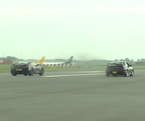 Drag Race: Nissan Skyline R33 vs. GT-R