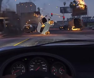 GTA V Traffic Jam Causes Epic Chaos