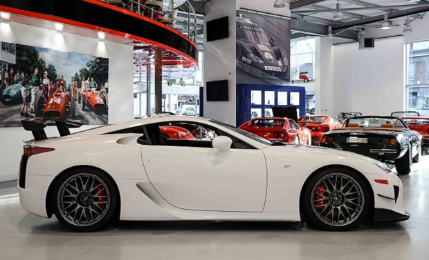 lexus_lfa_nurburgring_edition_for_sale_5