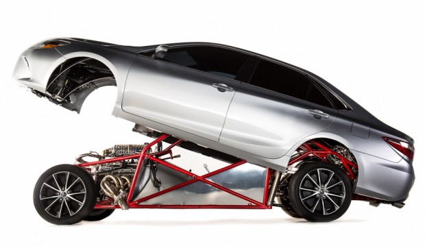 toyota_camry_xse_dragster_1