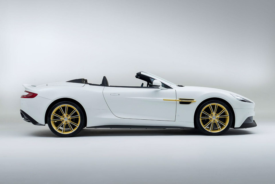 Aston Martin Vanquish Th Anniversary Octane - Hardtop convertible aston martin