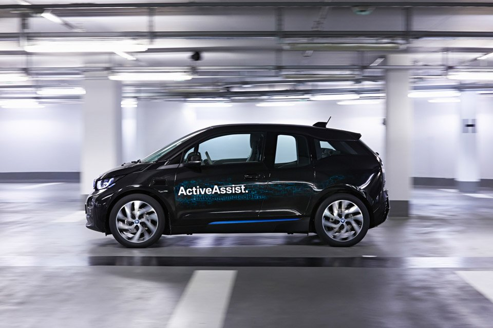 BMW to Show New Auto Parking Tech at CES 2015