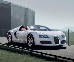 Bugatti Has Only Eight Veyron Roadsters Left