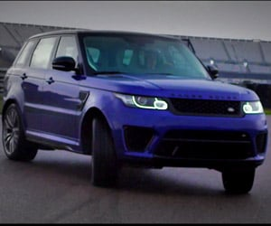 Range Rover Sport SVR Shows off Its Core Stability
