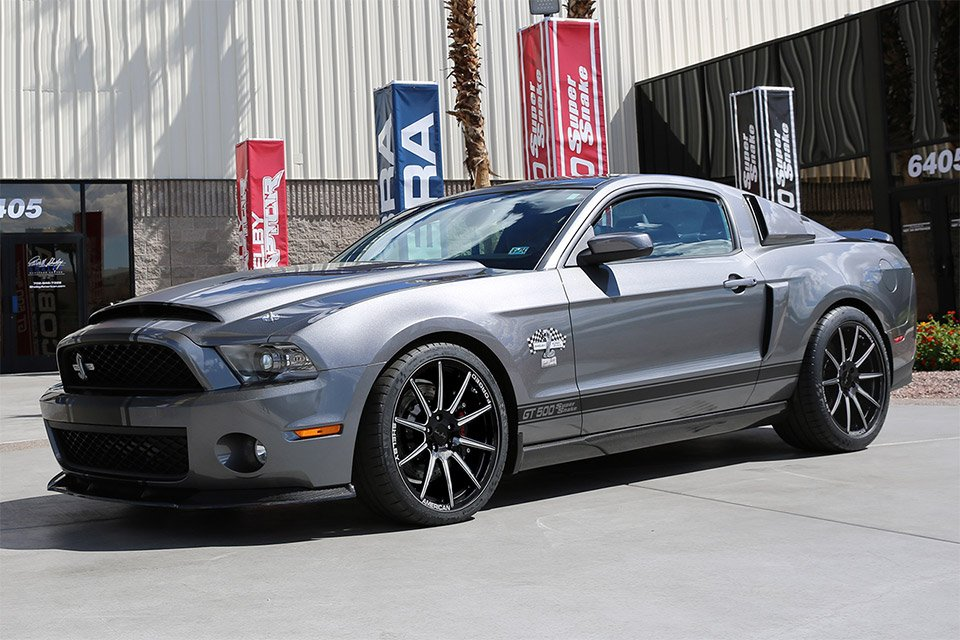 Signature Edition Ford Shelby GT500 Super Snake