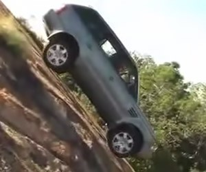 Watch Land Rovers Climb a Ridiculously Steep Hill