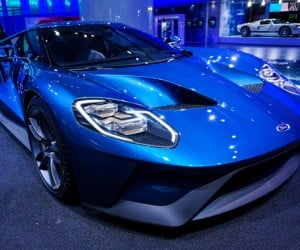2016_ford_gt_close_up_11