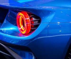 2016_ford_gt_close_up_18
