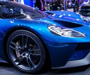 2016_ford_gt_close_up_2