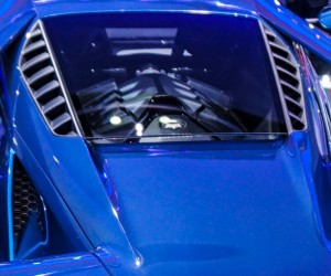 2016_ford_gt_close_up_22