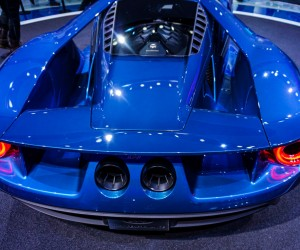 2016_ford_gt_close_up_3