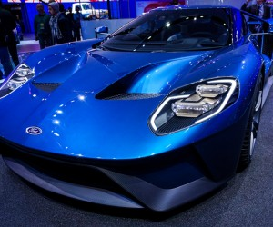 2016_ford_gt_close_up_6
