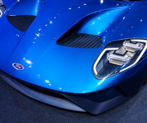 2016_ford_gt_close_up_7