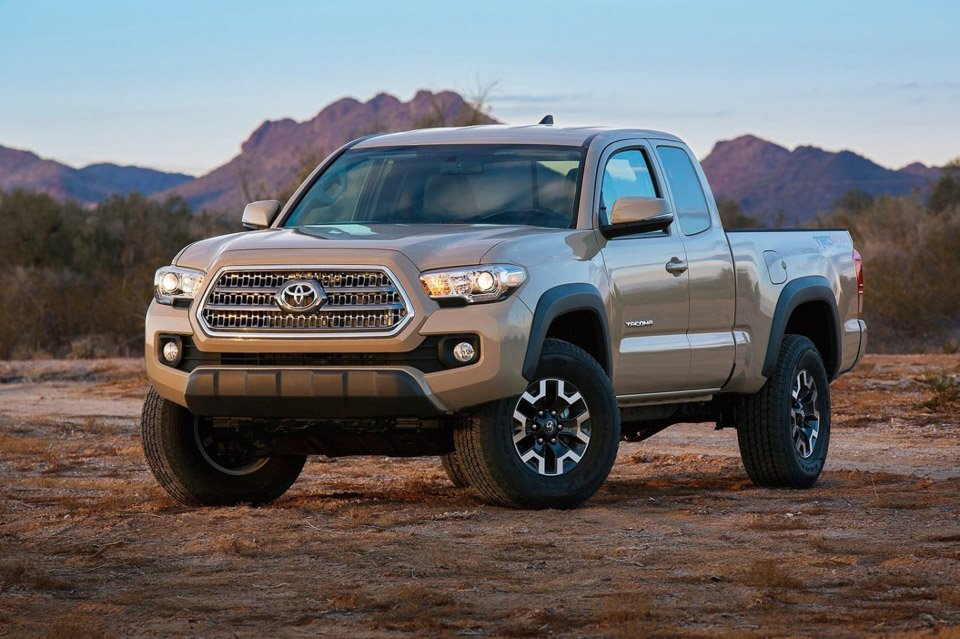 toyota refreshes tacoma for 2016 95 octane. Black Bedroom Furniture Sets. Home Design Ideas