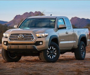 Toyota Refreshes Tacoma for 2016
