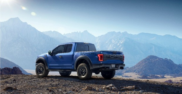 2017_ford_f150_svt_raptor_2