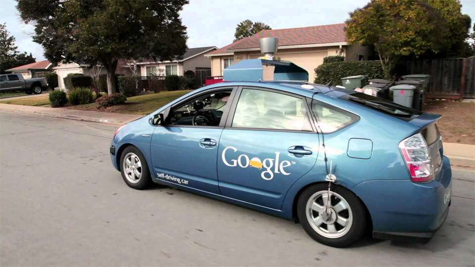 Google Assembles Suppliers for Self-Driving Cars