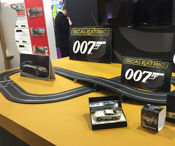 James Bond Spectre Slot Car Set Gets Aston DB10