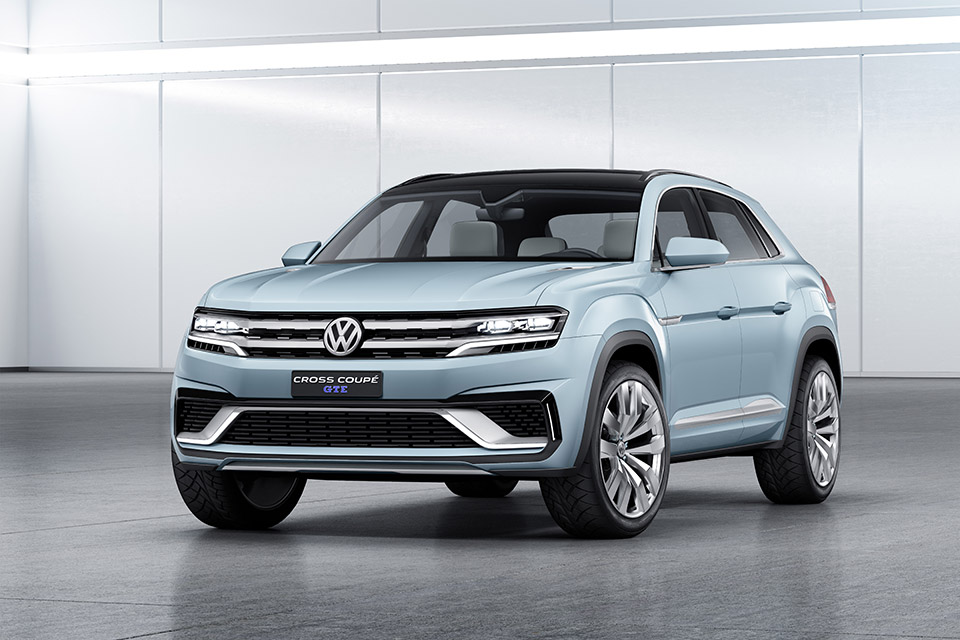 Volkswagen Shows New Cross Coupe GTE Concept