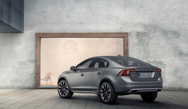 volvo_s60_cross_country_announced_8