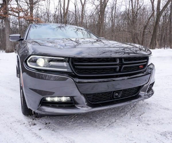 2015_dodge_charger_rt_road_track_15